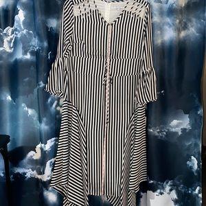 New: Lily &Taylor Black/ White Strips Dress